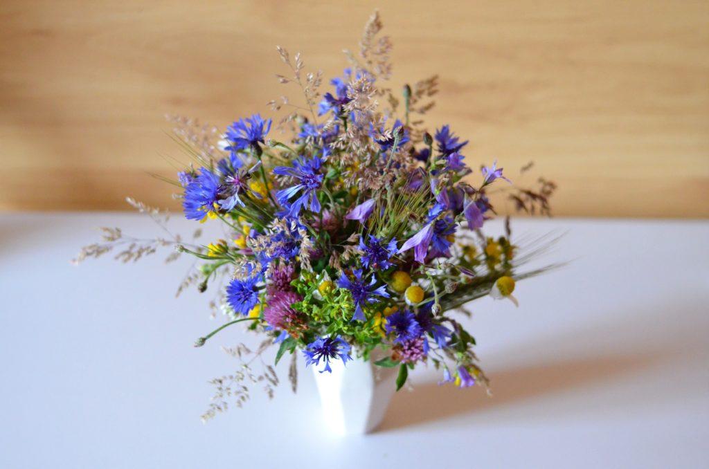 Bukiet z polnych kwiatów (fot. Magdalena Armata)