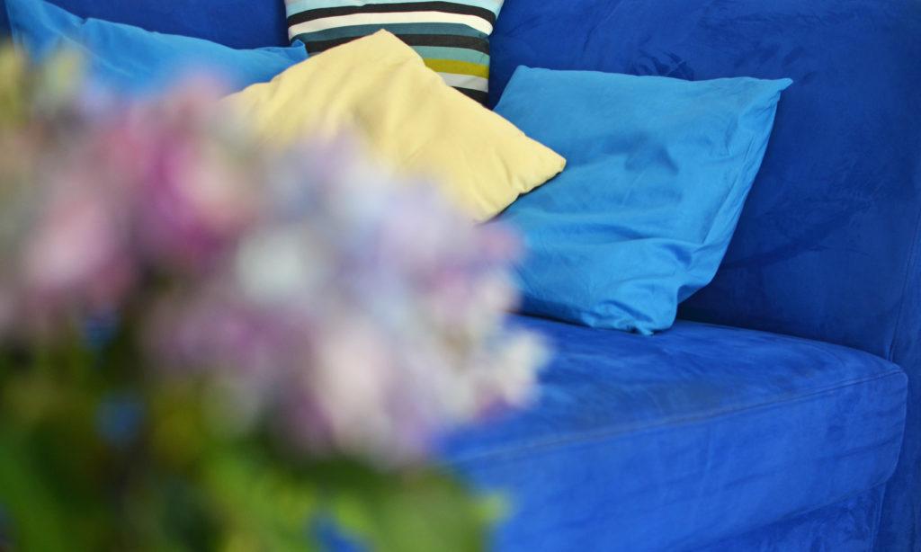 Jak uszyć poszewkę na poduszkę? DIY