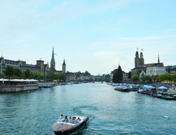 Rzeka Limmat w Zurychu