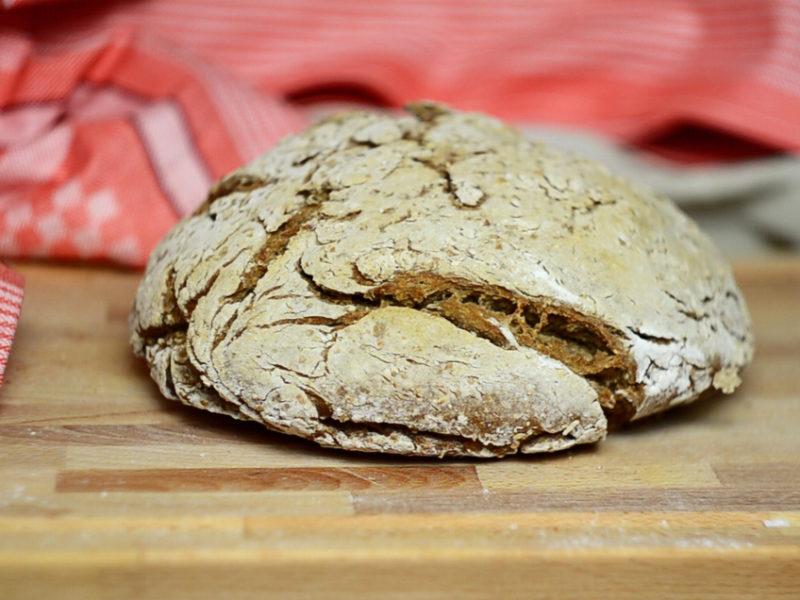 Pyszny domowy chleb - przepis