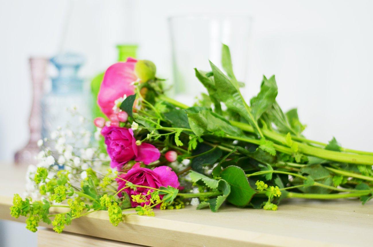 Zobacz, dlaczego warto otaczać się kwiatami na co dzień!