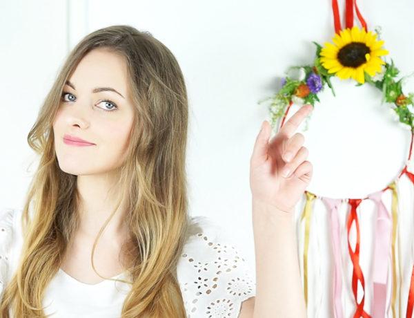 Dekoracja z kwiatów na ścianę, DIY