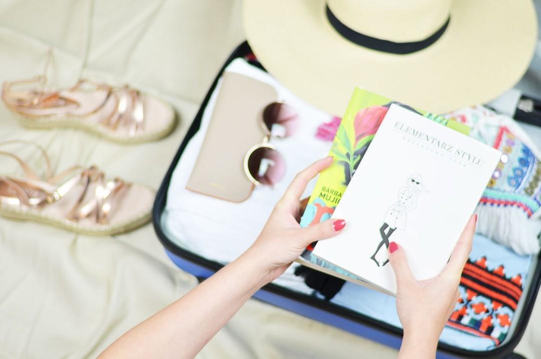 Wakacyjny niezbędnik. 10 rzeczy, które zabieram w podróż