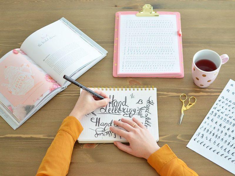 Jak nauczyć się ładnie pisać?