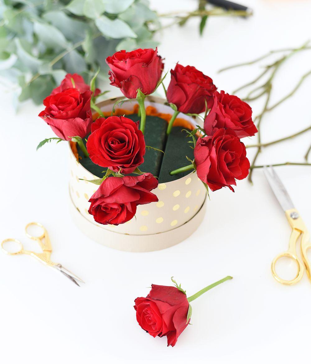 Flower box - jak układać kwiaty w gąbce | Polenka.pl