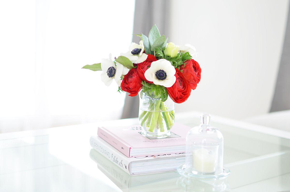 Jakie kwiaty na stolik kawowy? | Polenka.pl