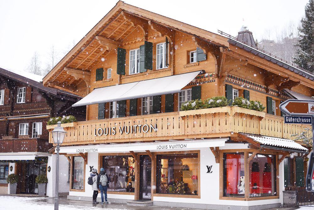 Gstaad - sklepy Louis Vuitton