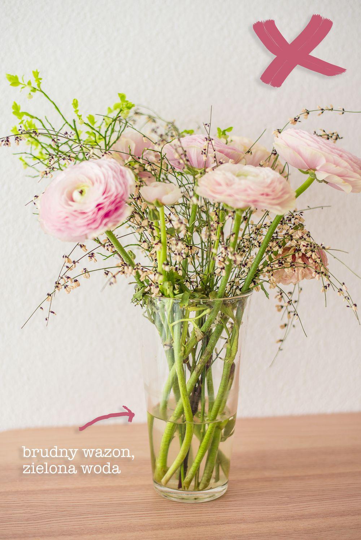Kwiaty - brudny wazon, zielona woda